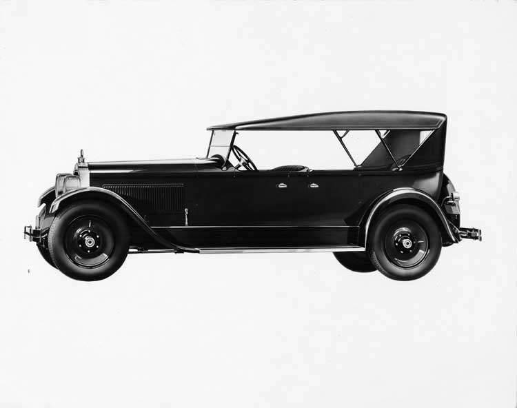1925-1926 Packard touring car, left side view, top raised