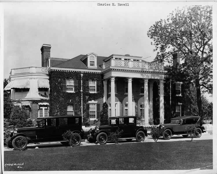 1925-1926 Packard sedan limousine, coupe, & sport models, in front of Kansas City home