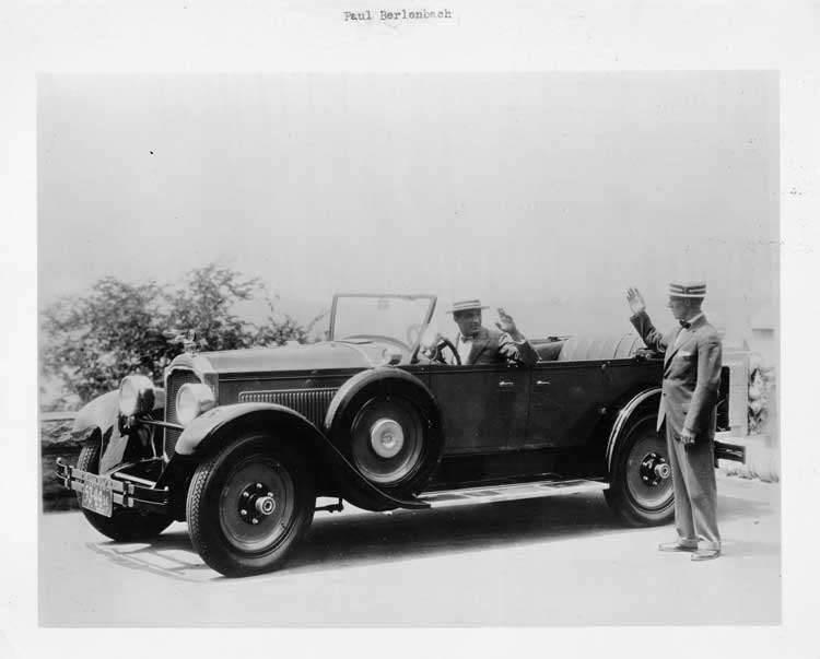 1926 Packard touring car, owner Paul Berlenbach waving to Packard salesman