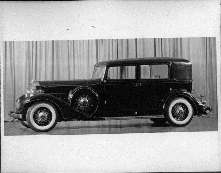 1933 Packard formal sedan, left side view