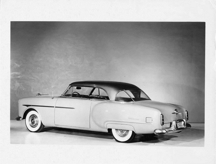 1951 Packard Mayfair, nine-tenths right rear view