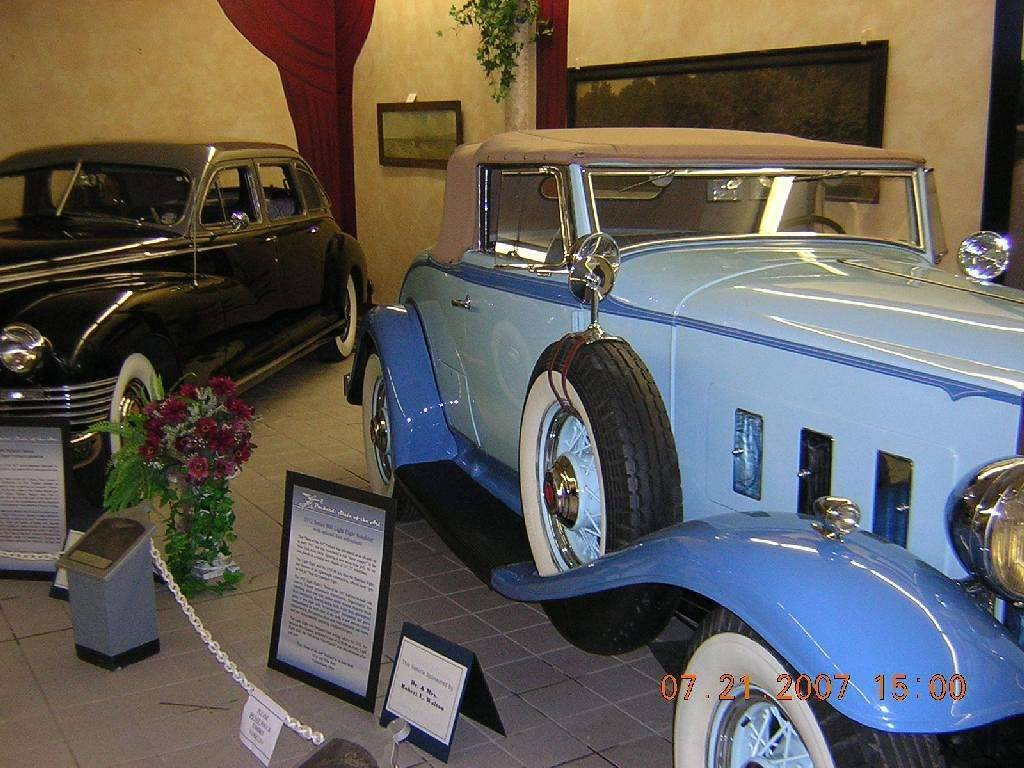 1932 Light Eight Coupe Roadster