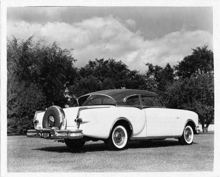 1953 Packard Balboa-X designed by Richard Teague, three-quarter rear right view