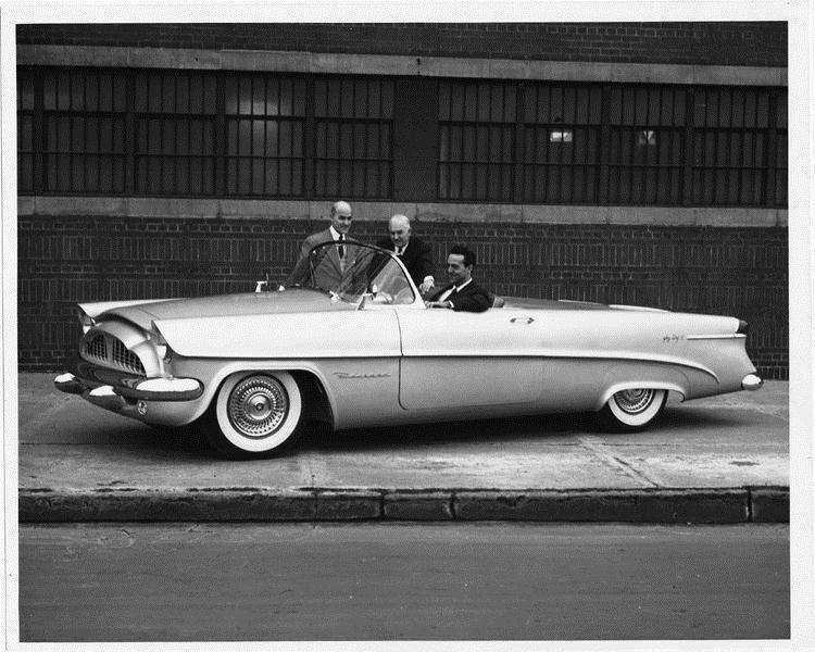 1953 Packard Panther-Daytona idea car, Dick Teague at wheel