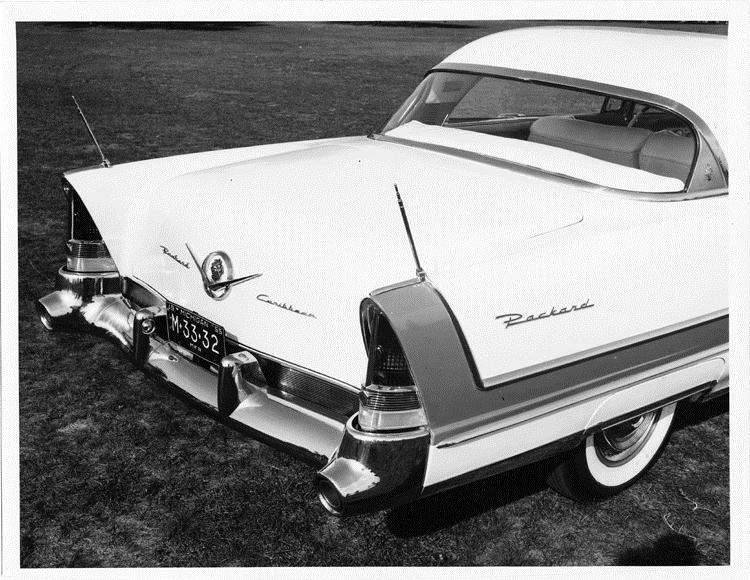 1956 Packard sedan, right side view of trunk