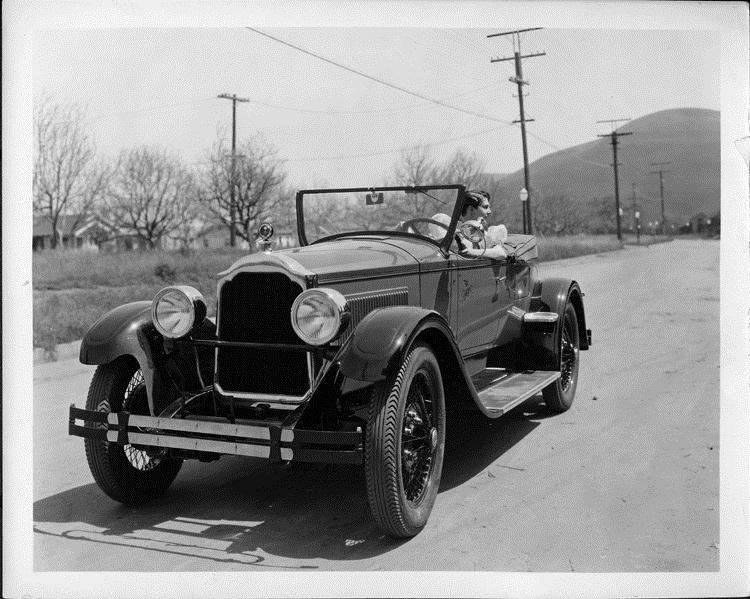 1925-26 Packard runabout with actress Leatrice Joy behind wheel