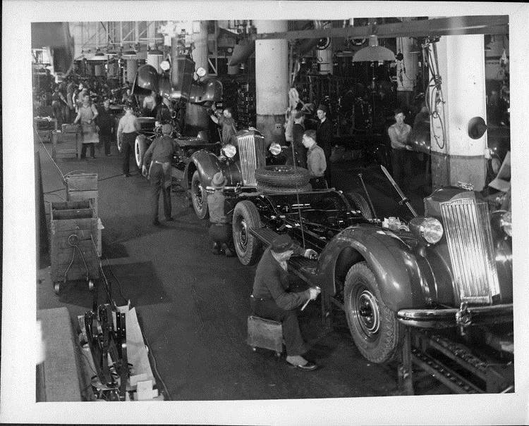 Packard assembly line at body drop, 1936