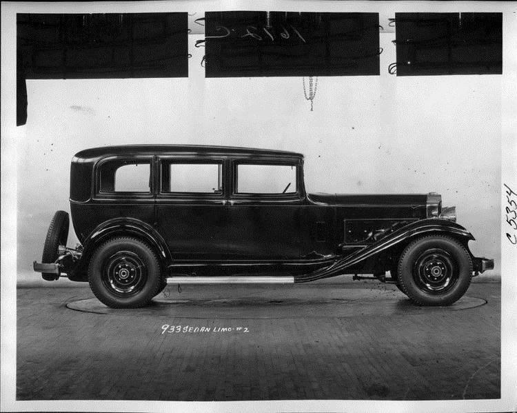 1932 Packard prototype sedan limousine, right side view