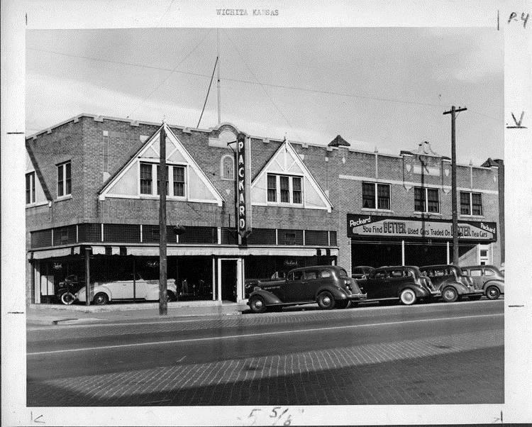 packard motor car information packard dealership wichita kansas 1941. Black Bedroom Furniture Sets. Home Design Ideas