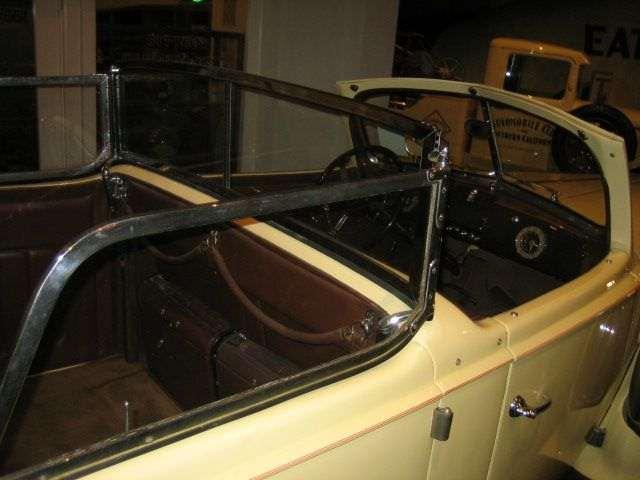1939 Super Eight Phaeton by Derham - Juan and Evita Peron car-4