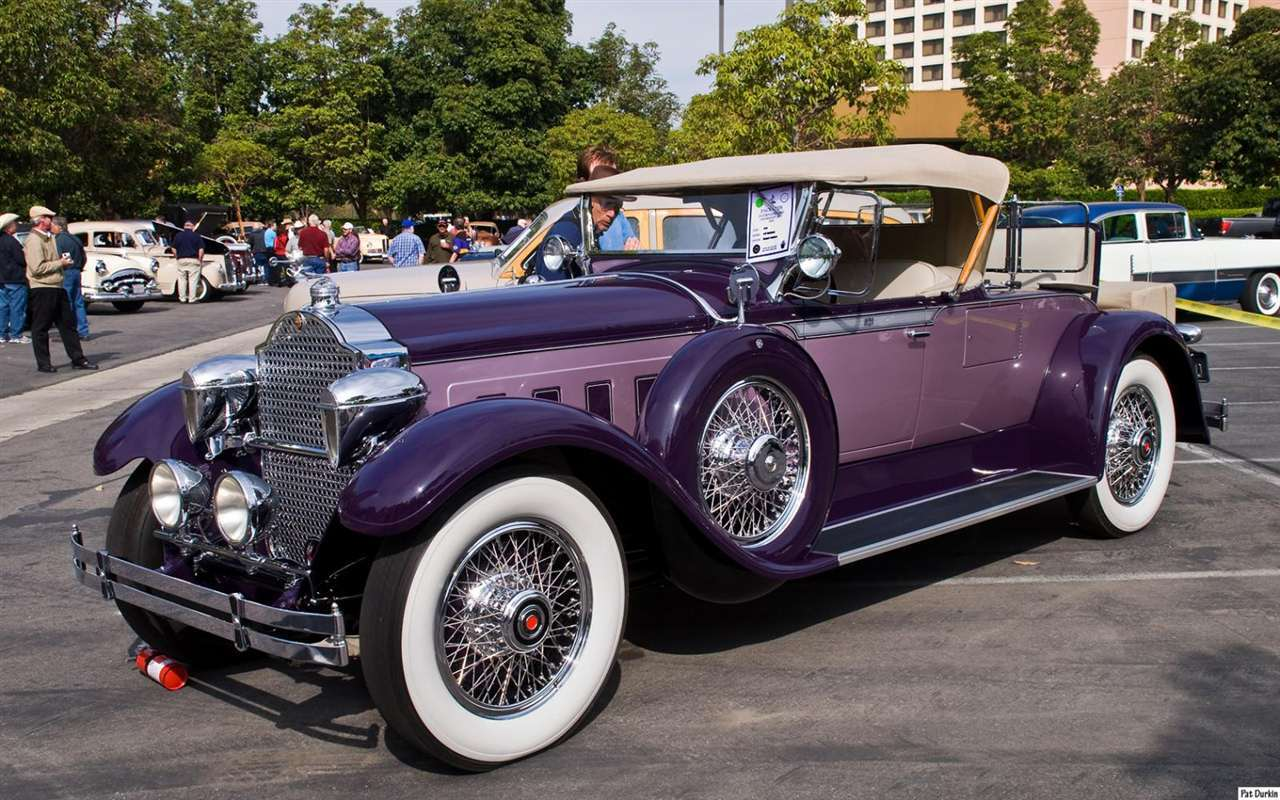 1929 Packard 640 Custom Eight  Runabout - purple - fvl b