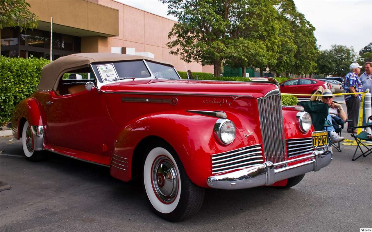 1942 Packard Darrin Victoria Convertible - red - fvr