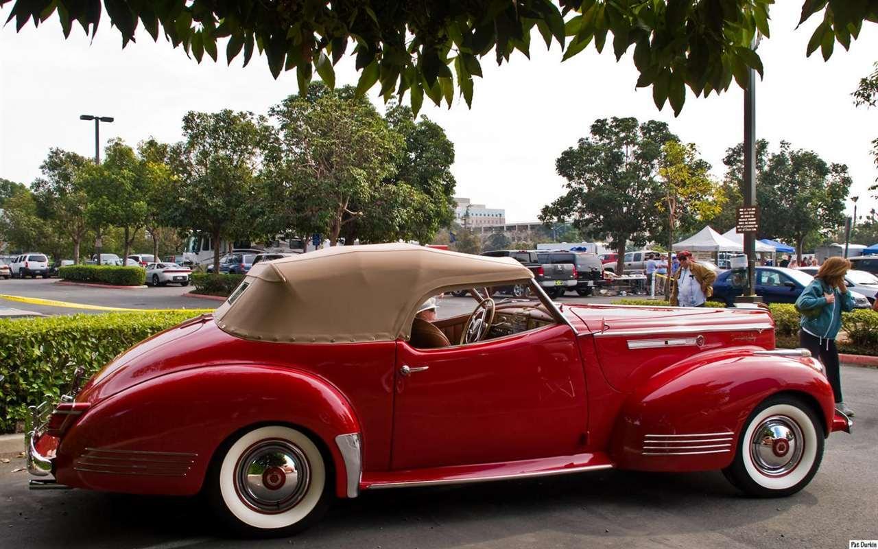 1942 Packard Darrin Victoria Convertible - red - rvr