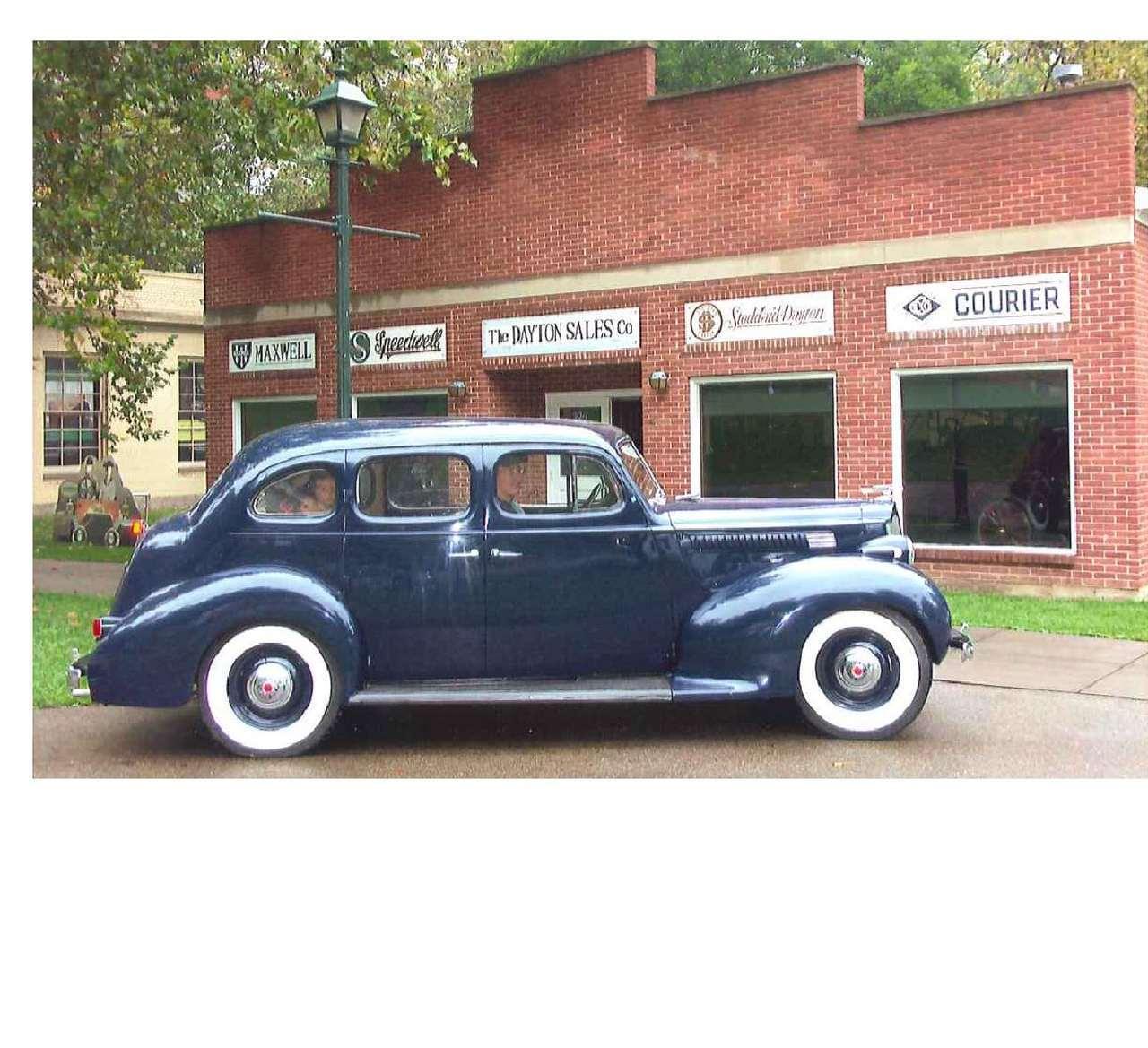 1939 1700 Six 5 Pass Sedan