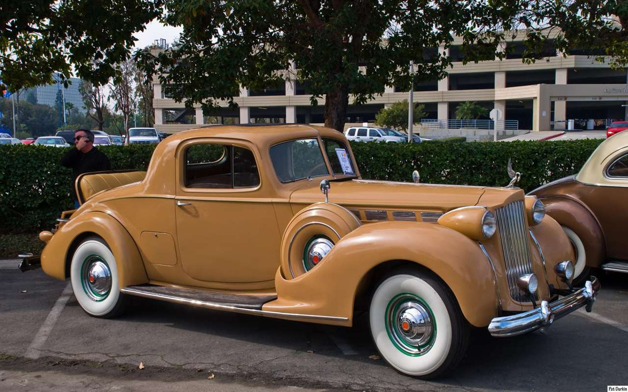1938 Packard 1604 Rumbleseat Coupe