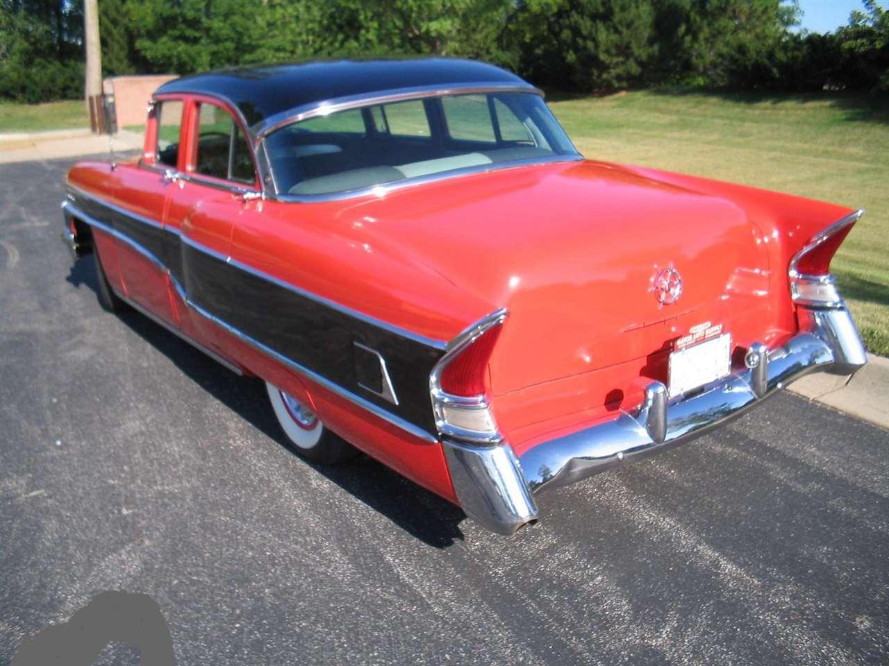1956 Packard Clipper Custom Sedan (pic #2)
