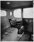 1916 Packard 1-25 coupe, interior